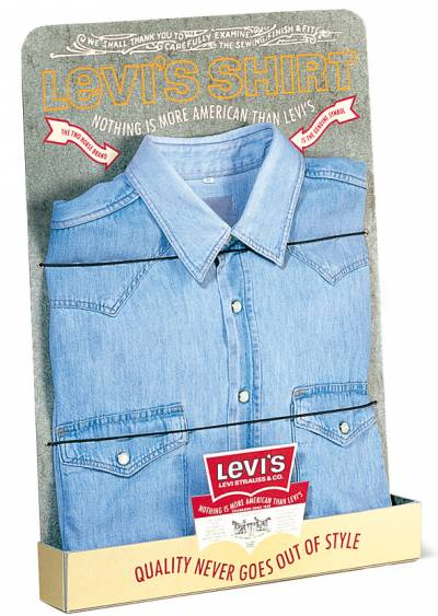 Levi's - Shirt display